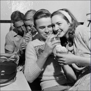 sharing-a-milkshake